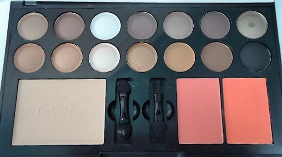 MAC kit 14 eyeshadow + powder + 2 Blush MAC 02